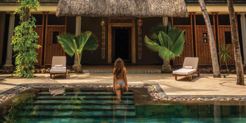 spa-treatment-mauritius-luxury-debbie-hathway